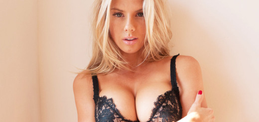 charlotte-mckinney-visits-terry-richardsons-studio-0