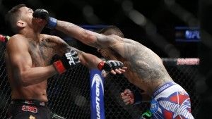 Rafael dos Anjos defeated Anthony Pettis as a big underdog to become the UFC's new lightweight champ.