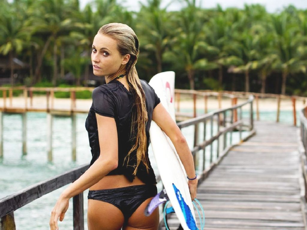 Pro surfer Alana Blanchard makes her BE Sports debut.