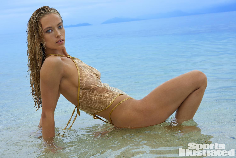 Hannah Ferguson crushes her 4th career SI Swim appearance ...